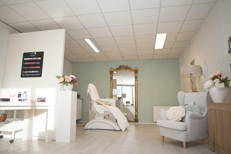 Blush Salon - Promotion material - www.schoonheidssaloneelde.nl/